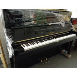 YAMAHA U1 PIANO PIANOFORTE VERTICALE ACUSTICO RIGENERATO 121CM NERO LUCIDO OCCASIONE USATO IN GARANZIA 12 MESI