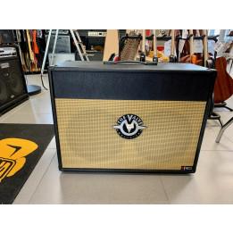 the valve 212OB cabinet open back cassa passiva per chitarra Nero/Oro 212-OB